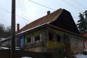Starý dom pred rekonštrukciou